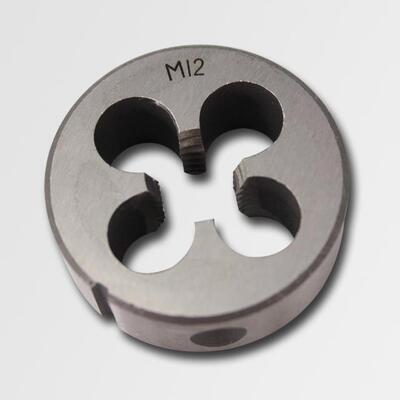 Závitové očko M5