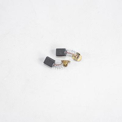 Uhlíky pro kotoučovou pilu XT106190