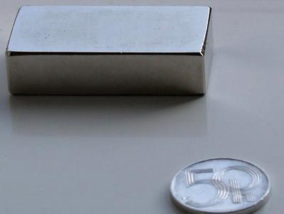 Magnet neodymový KV 40x 20x 10mm - 2