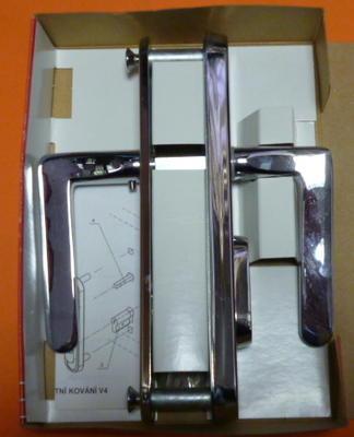 Bezpečnostní kování VEMAK V4 / 72 CR - 6